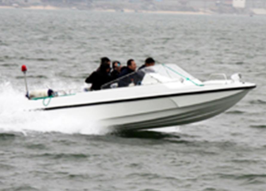 5.9m喷水工作艇