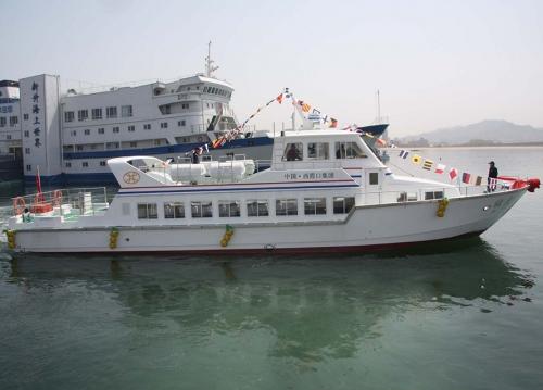 76英尺旅游船